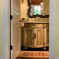 new-hallway-bathroom-detail-croped-wbdg